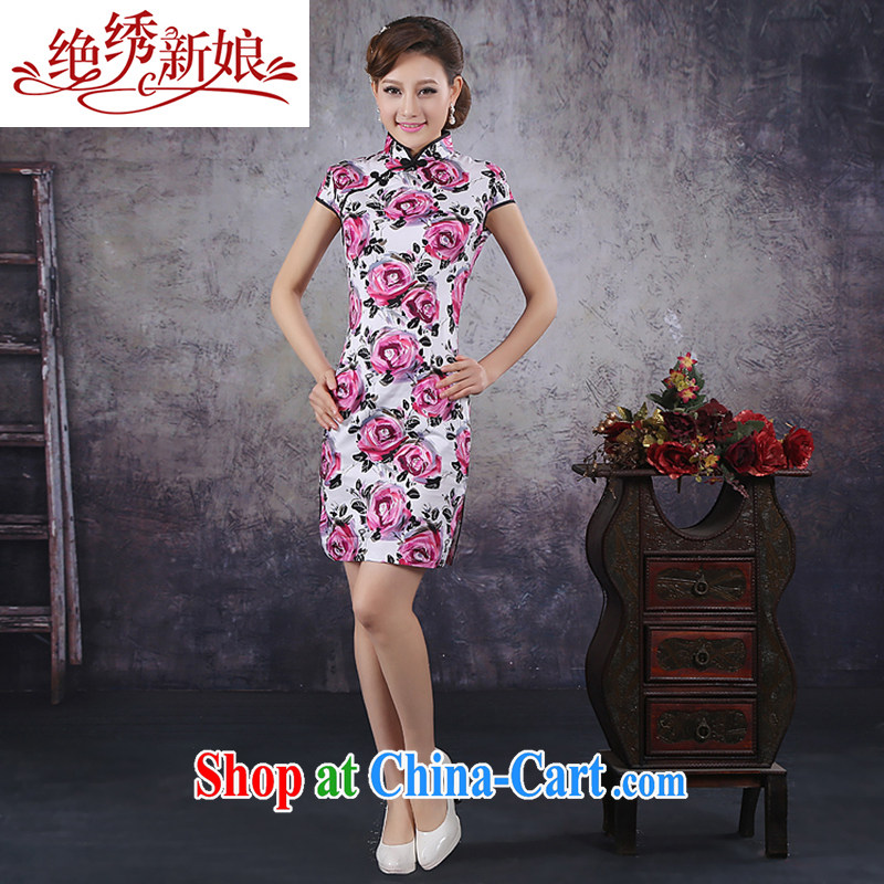 There is embroidery bridal 2015 summer new stylish improved retro short cheongsam dress Chinese daily outfit QP - 365 XL Suzhou shipping