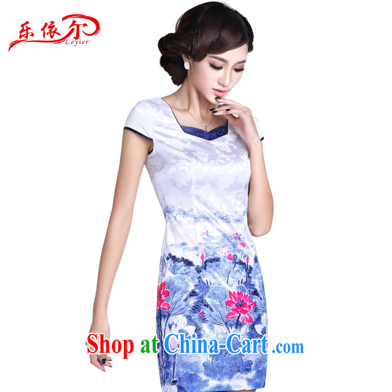 And, in accordance with 2015 new hand-painted cheongsam dress elegant sense of improved cheongsam short beauty graphics thin retro white XXL