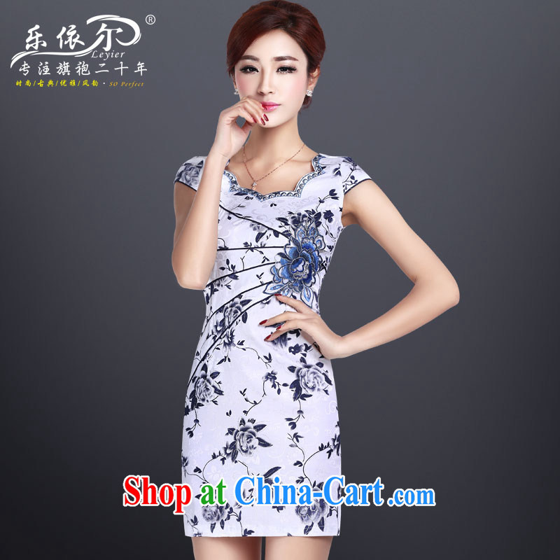 Music in summer new short-sleeved dresses improved cheongsam dress short, blue and white porcelain antique embroidered dresses white XL
