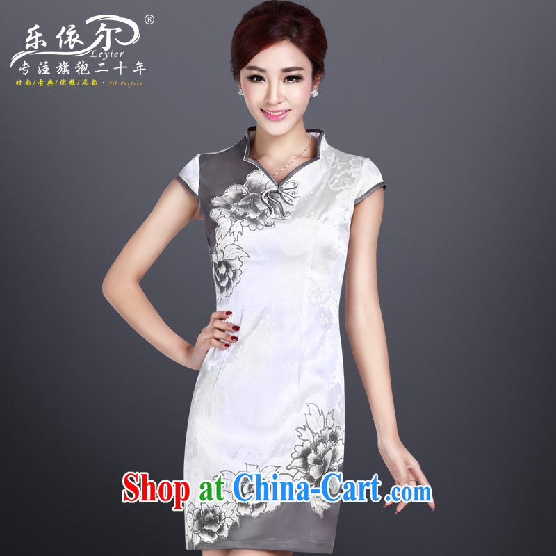 And in 2014, the summer is the cheongsam dress girls embroidery improved cheongsam short daily retro dresses white XL
