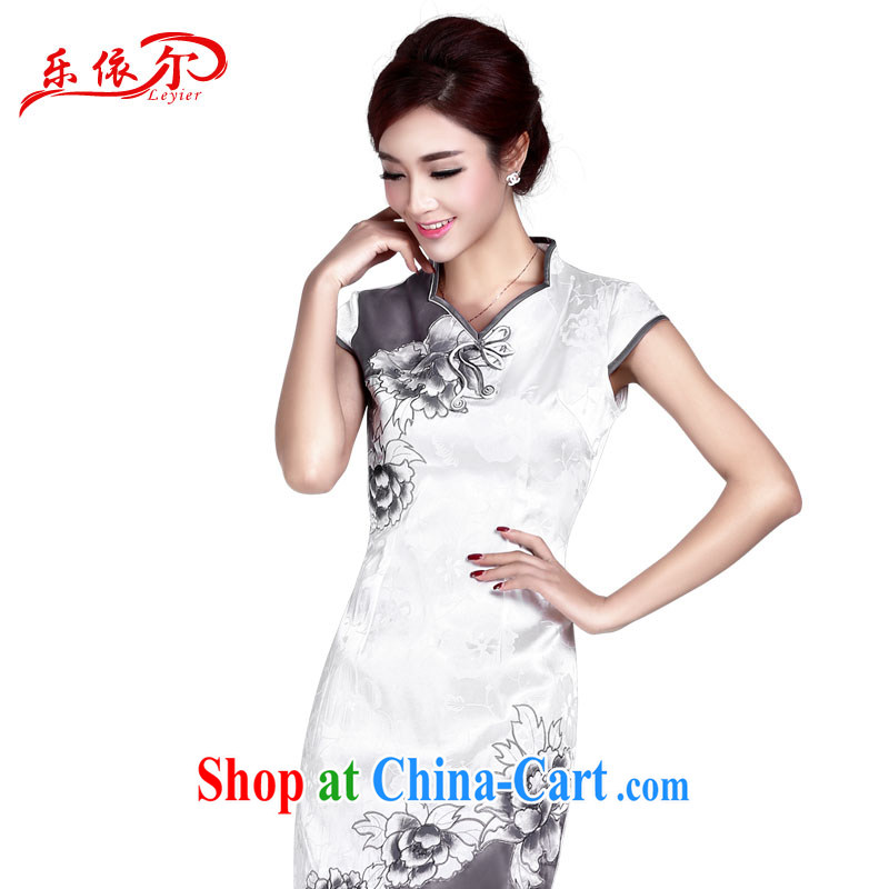 And, in accordance with summer girls with the cheongsam dress girls embroidery improved cheongsam short cheongsam beauty daily retro dresses LYE 8803 white XXL