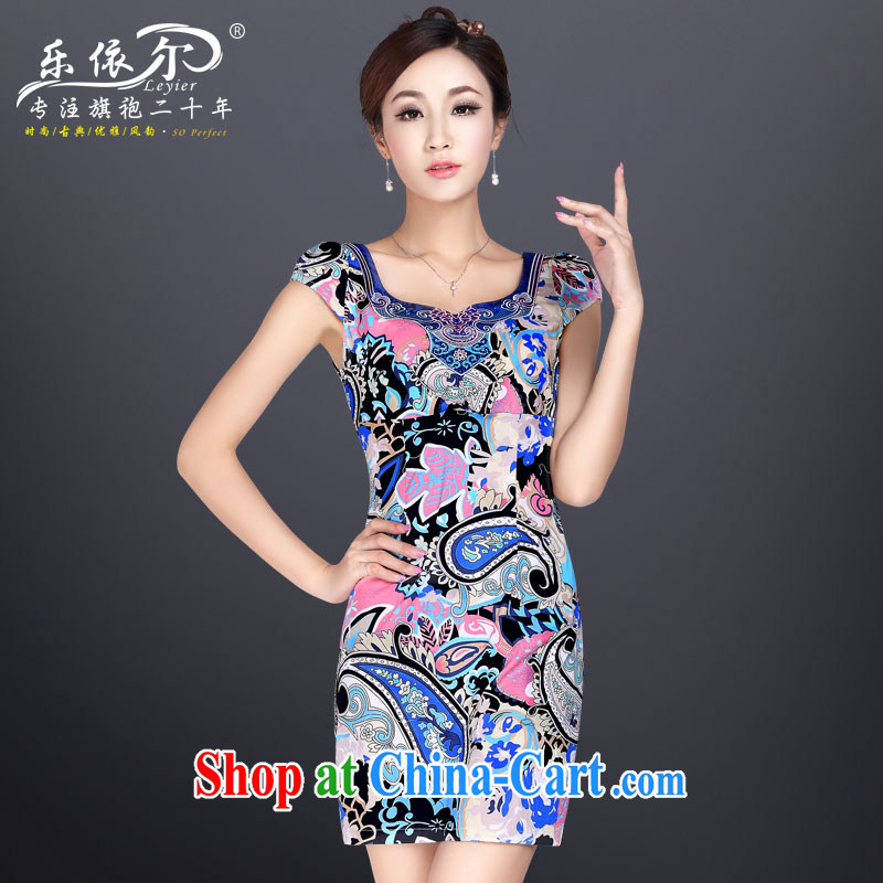 Music in summer and stylish sexy beauty cheongsam dress improved short cheongsam graphics thin retro floral and elegant dress suits M