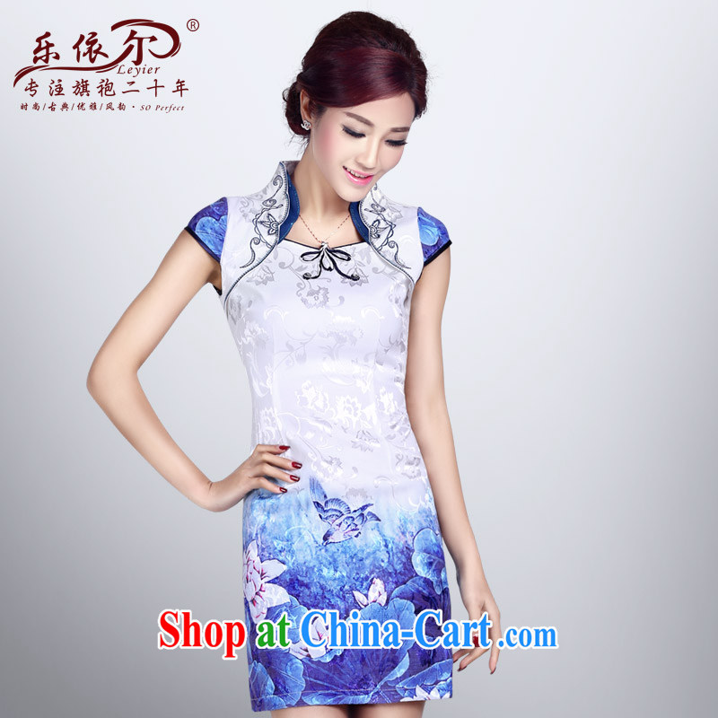 And, in accordance with antique improved cheongsam dress short, cultivating the buckle embroidered classic summer day qipao dresses female white XXL