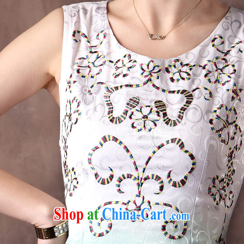 qipao cheongsam dresses new 2014 summer stylish Chinese Embroidery sleeveless beauty qipao, Ms. WHITE XXL, music, and shopping on the Internet
