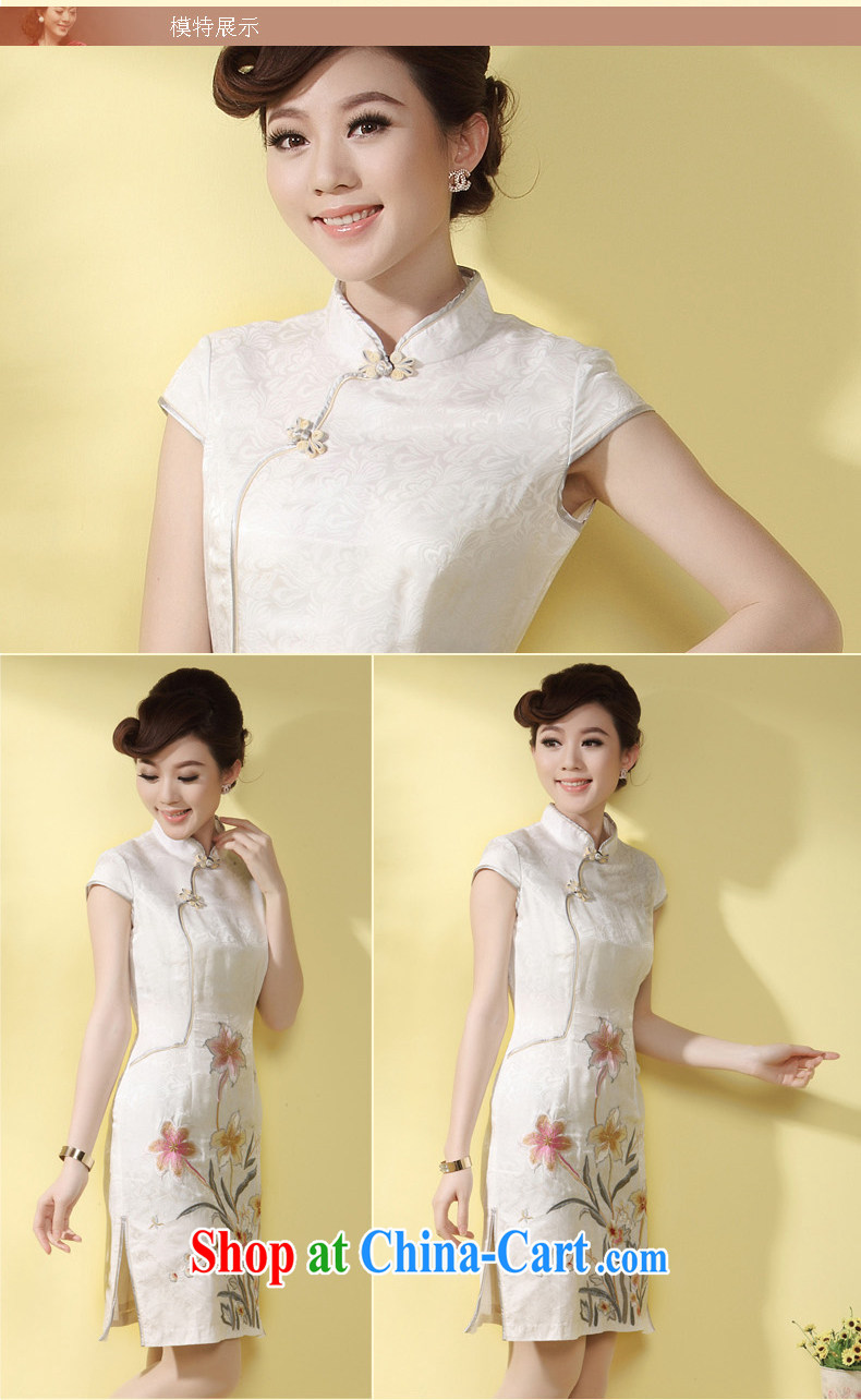 cheongsam silk embroidered retro Ethnic Wind qipao 2014 summer new upscale MOM daily outfit white XXL pictures, price, brand platters! Elections are good character, the national distribution, so why buy now enjoy more preferential! Health