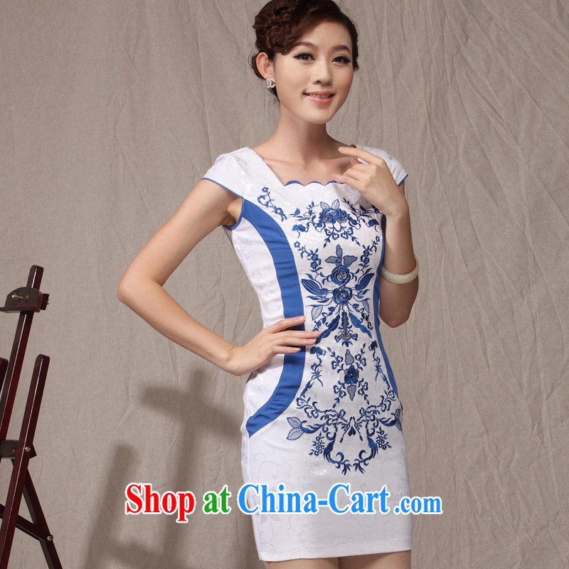Dresses 2014 new cheongsam dress in blue and white porcelain beauty graphics thin Chinese girl OL qipao white orchids XXXL