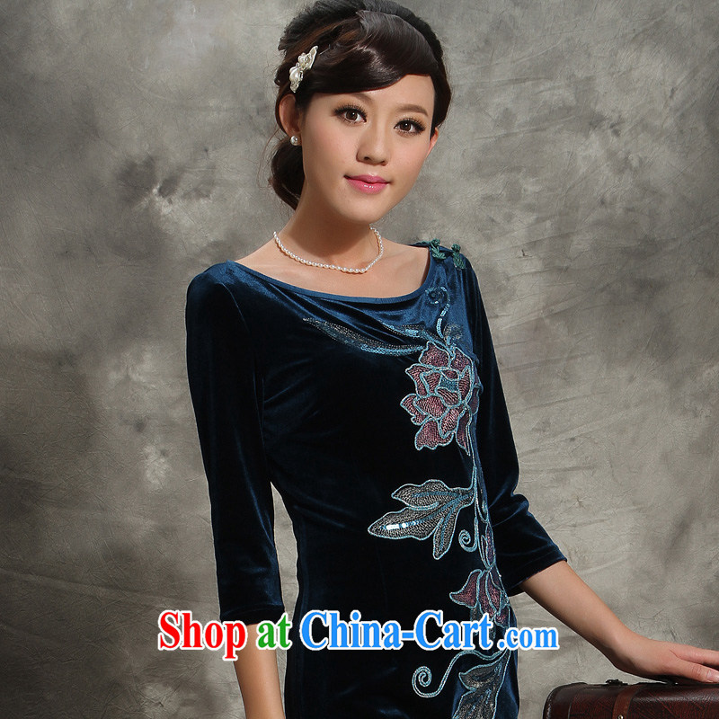 Velvet cheongsam qipao, long-sleeved 2014 autumn mother stretch improved fashion round collar embroidery Tang blue XXXL