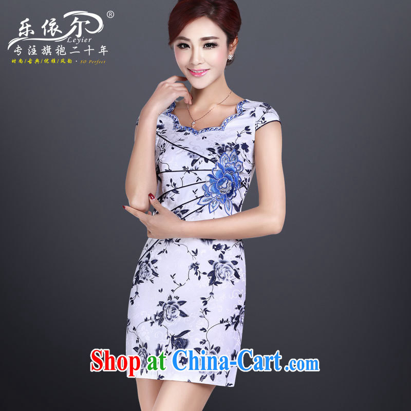 Music in spring and summer short sleeve cheongsam dress improved cheongsam short retro beauty and elegant everyday dress 2014 _in stock genuine white XXL
