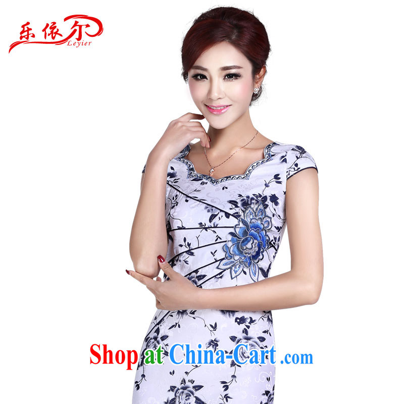 And, according to summer dress short sleeve cheongsam dress improved cheongsam retro beauty and elegant daily short dress LYE 8801 blue and white porcelain S