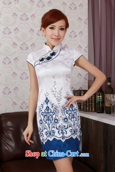 Special Offers improved cheongsam stylish summer 2012 blue and white porcelain Chinese Chinese embroidered short sleeves cheongsam dress package mail white XXL