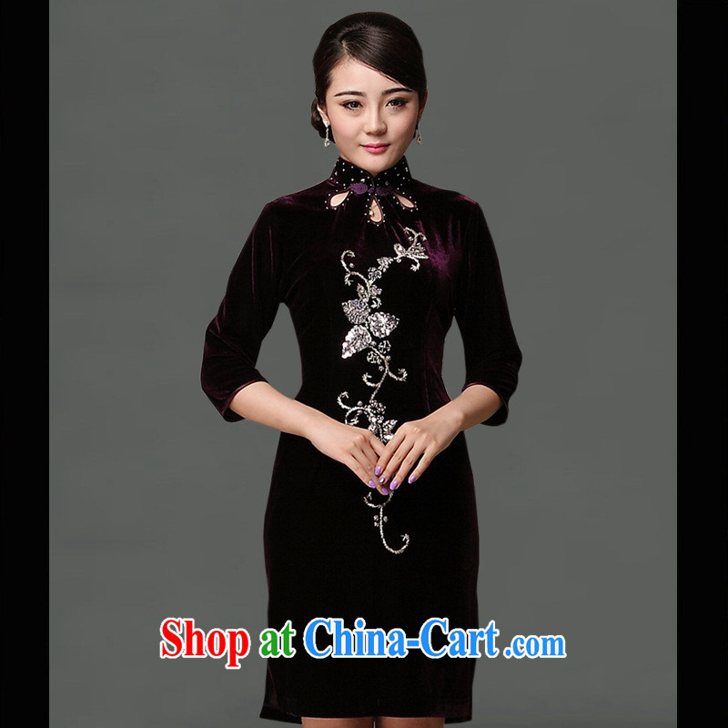 As regards new 2014 genuine wool staple Pearl cheongsam dress a flowers improved cheongsam dress retro staple Pearl purple cheongsam XXXL