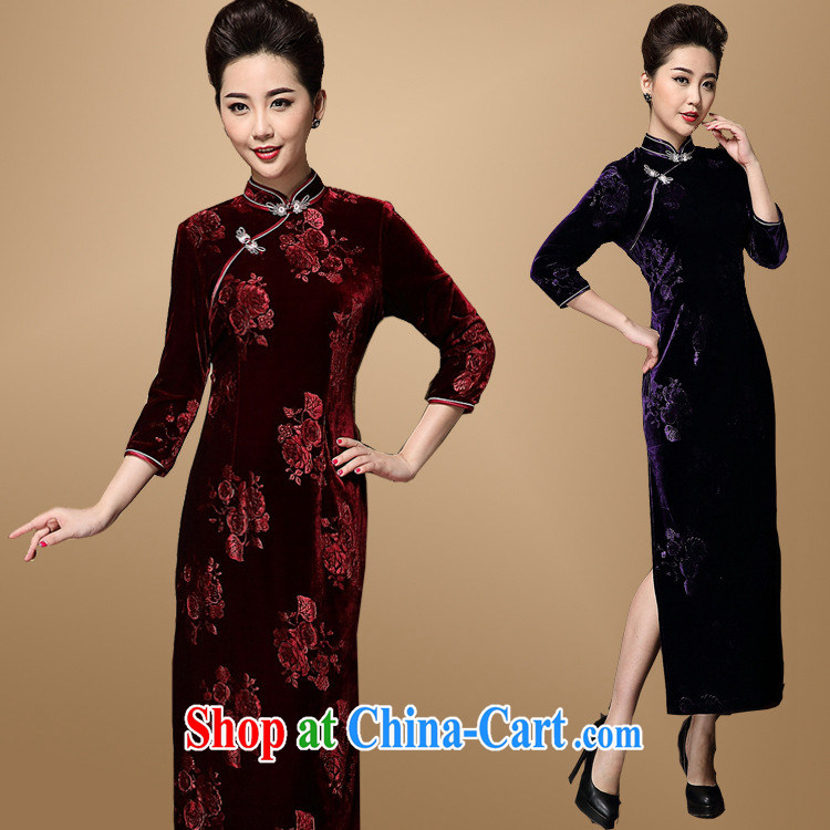 Retro Ethnic Wind cheongsam agent autumn and winter fashion, improved Chinese Korea wind girls with larger velvet cheongsam long purple XXXL