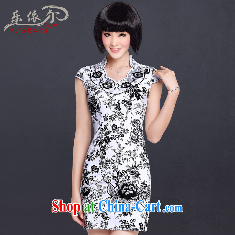 Special Offers_ 2013 spring and summer new embroidered cheongsam improved Chinese Antique embroidery Sau San daily cheongsam dress black on white flower XXL
