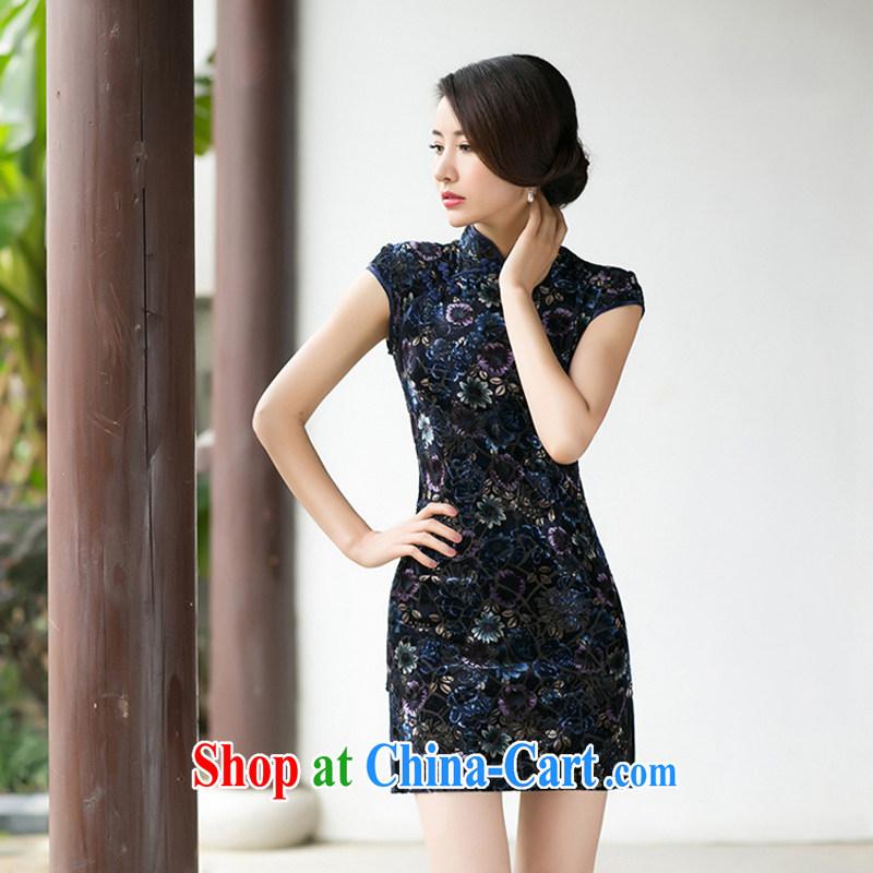A Chinese Spring 2015 New boutique girls velvet dresses beauty skirt stylish improved retro short-sleeved qipao S