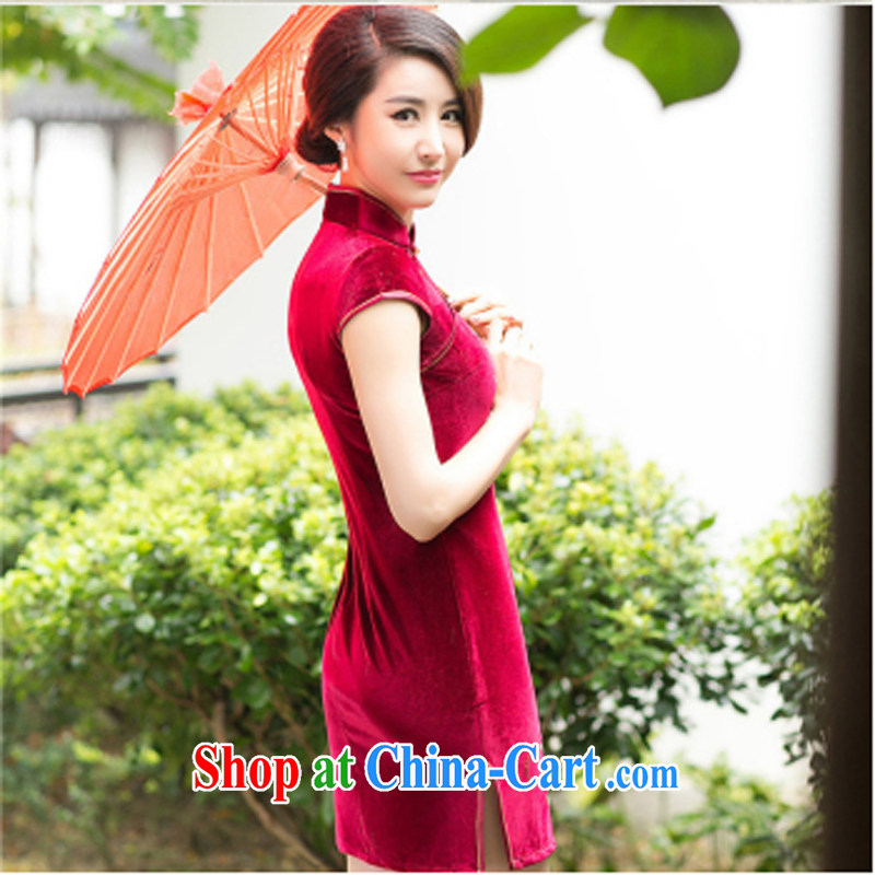 A Chinese Spring 2015 New Style embroidered cheongsam improved stylish retro Daily Beauty and elegant velvet cheongsam red XXL