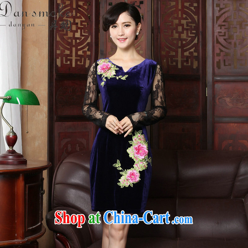 Bin Laden smoke spring and summer new improved cheongsam stylish velour cheongsam dress V for Chinese traditional embroidery lace cheongsam high female figure color 2 XL