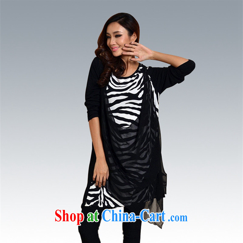New Spring knitting stitching snow-woven dresses long-sleeved round-collar loose the code not in Europe and America as well as rules are gray code