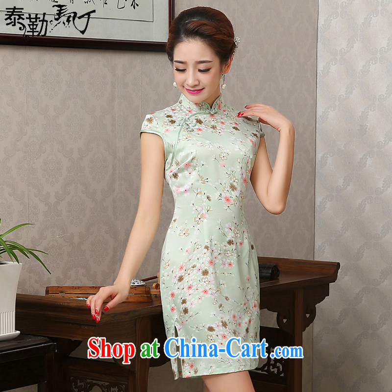 New spring and summer sauna short Silk Cheongsam retro improved national wind light green small floral cheongsam dress beauty graphics thin white XXL