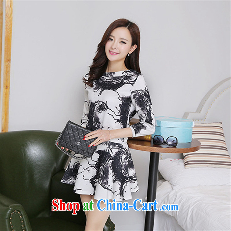 Black butterfly store 2015 spring new Korean version 7 cuff and stylish two-piece stamp dresses white L