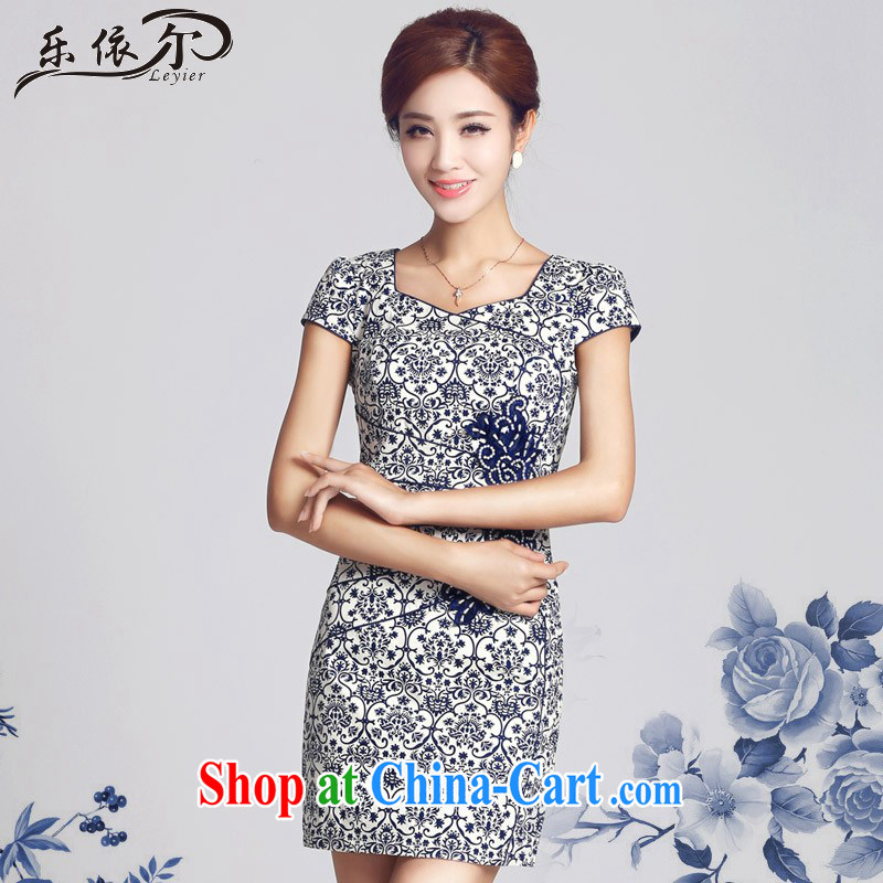 And, according to Cheong Wa Dae dresses and white porcelain antique Ethnic Wind improved cheongsam dress daily retro LYE 66,615 blue and white porcelain XXL