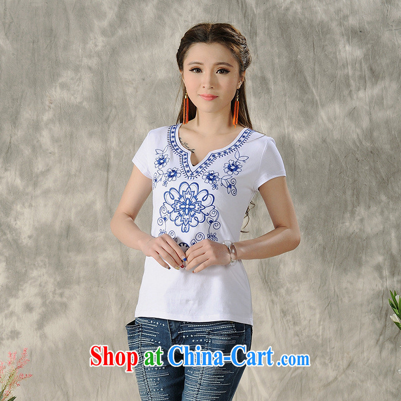 Black Butterfly Spring and Summer female new Ethnic Wind blue and white porcelain embroidered short sleeves shirt T female A 484 white 2XL