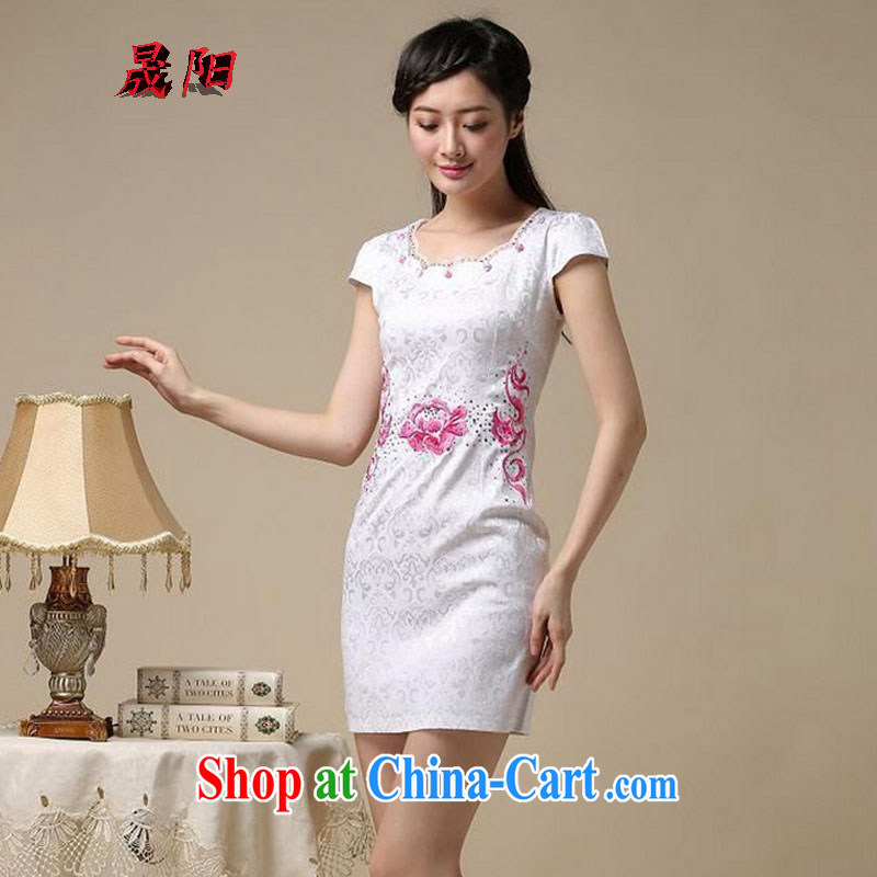 Sung Yang 2015 summer new Korean Beauty does not rule the collar embroidered hot drill stylish retro ladies short sleeve cheongsam dress white saffron S