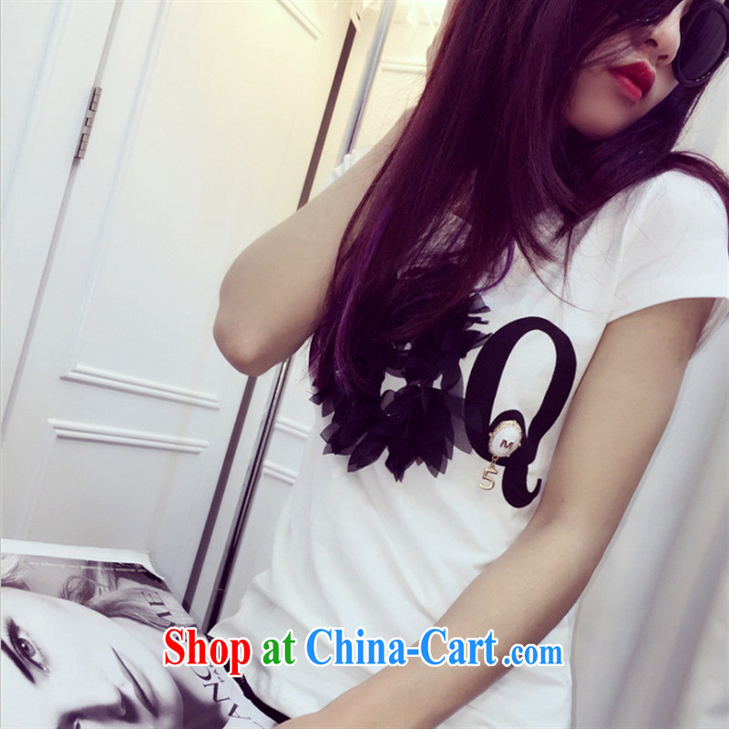 Ya-ting store the European site summer 2015 women with new three-dimensional flowers stylish 100 ground short-sleeved T pension white are code