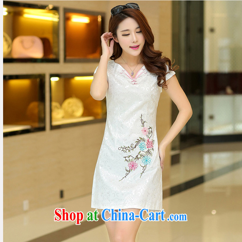 2015 new summer short-sleeved V collar dresses Ethnic Wind embroidery cheongsam beauty picture color XL