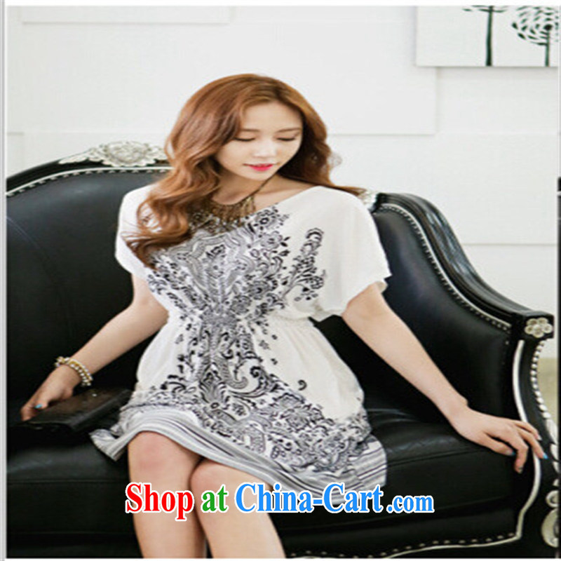 Qin Qing store Korean at spring and summer new styling take place V for the waist the code load dress with large white code XL