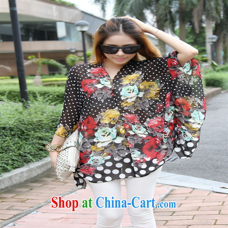 Qin Qing store real-time a pregnant women - New V collar styling suits the code snow woven T-shirt black large code XL