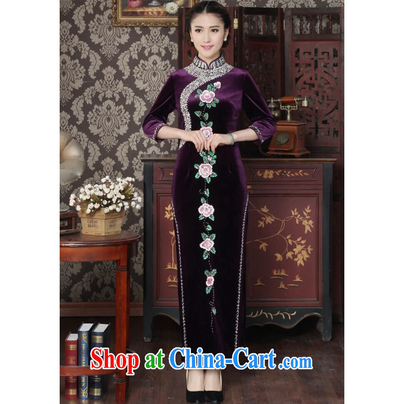 Take the female cheongsam Chinese wool manually the pearl elegant qipao Chinese improved embroidered banquet dresses long dresses purple 3XL