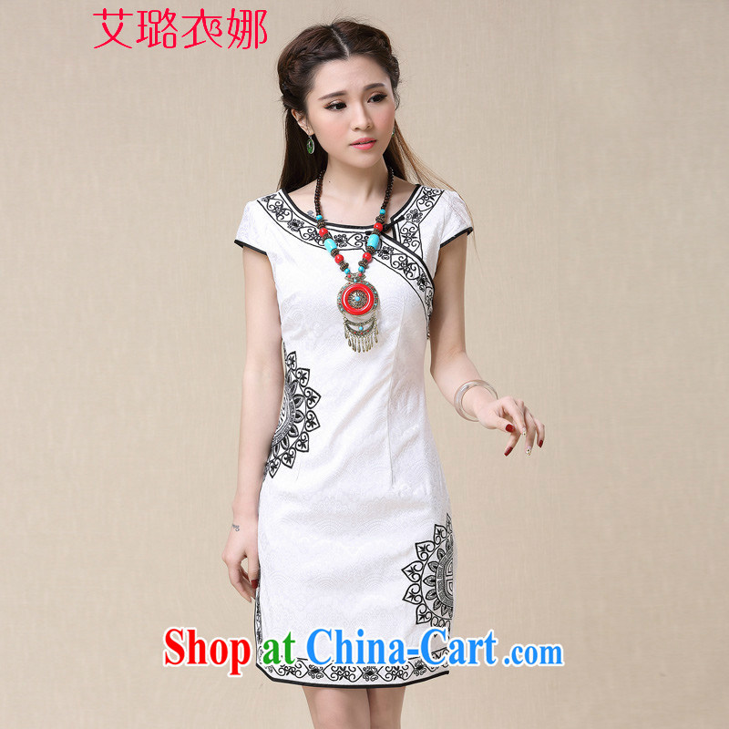 The opportunity of Tsing Yi 2015 spring and summer winds China National wind female elegant embroidery, qipao dresses white XXL