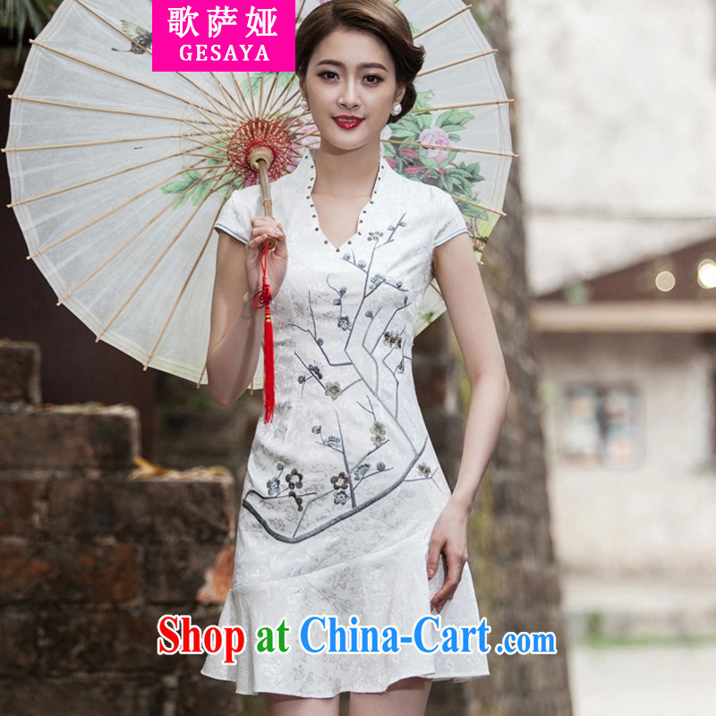 Song, Julia 2015 spring and summer new short-sleeved V collar embroidered Phillips nails Pearl crowsfoot skirt with embroidery short cheongsam white XL