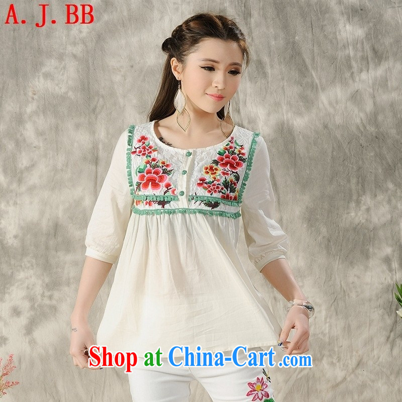 Black butterfly YK 9601 2015 spring and summer new blouses original ethnic wind embroidered round collar cuff T shirts female white XXL
