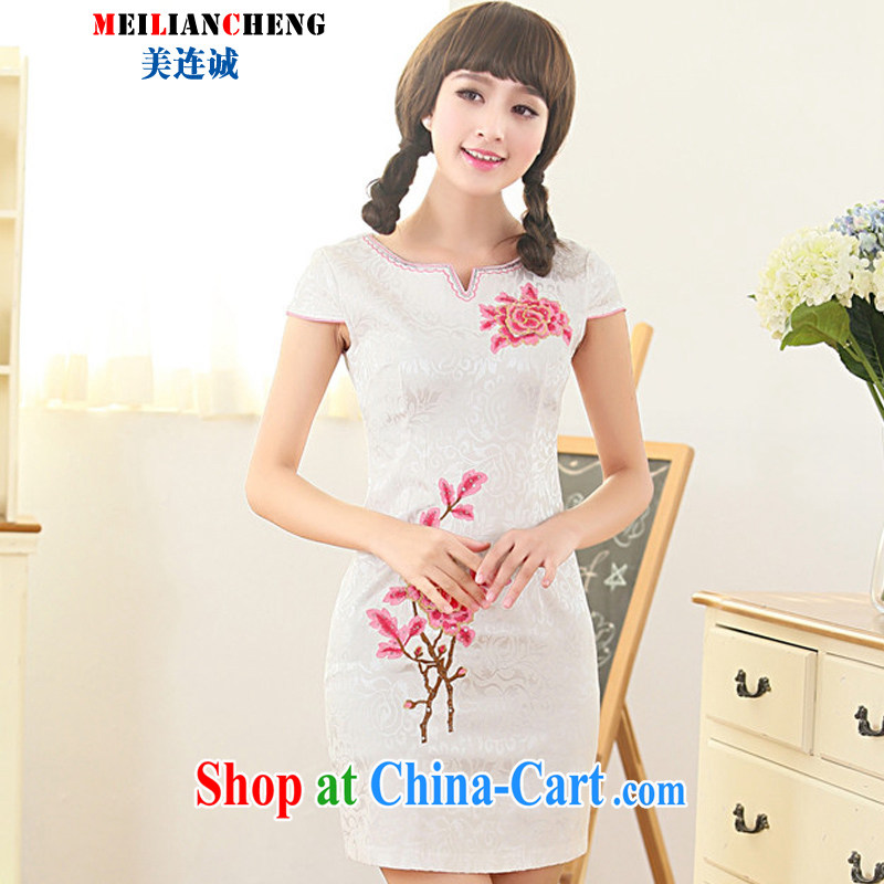 The us a good summer 2015 new dresses Ethnic Wind and stylish embroidered short sleeves beauty graphics thin further skirt red XXL