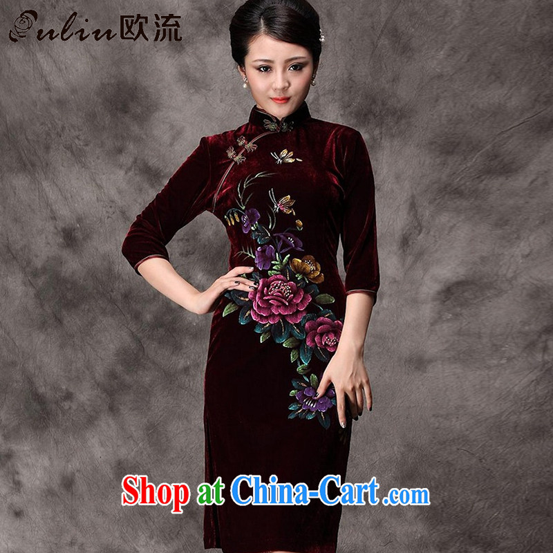 The flow in long-sleeved gold velour cheongsam dress hand-painted peony flowers, old mother married dresses with Chinese AQE 8868 wine red sleeved XL