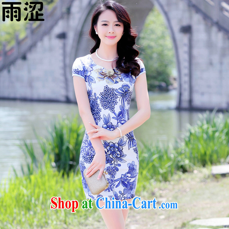 Rain Shibuya-kei 2015 summer new women with stylish and elegant beauty large flower stamp duty National cheongsam dress short dress package and Blue on white flower XXL