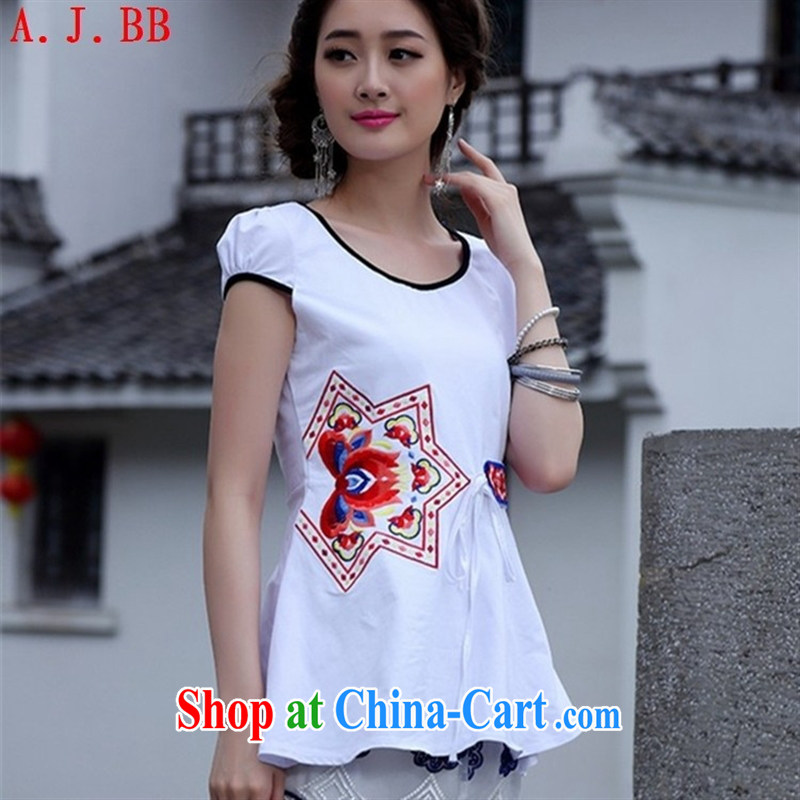 Black butterfly national style in a new, ladies embroidered with bubble short-sleeved T shirts and stylish with solid beauty T-shirt white 2XL