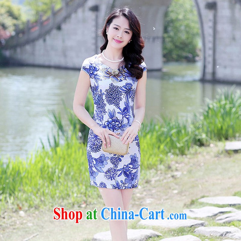 Summer 2015 new embroidery cheongsam dress girls improved daily packages and short-sleeved-waist stamp dress 1505 Blue on white flower XL