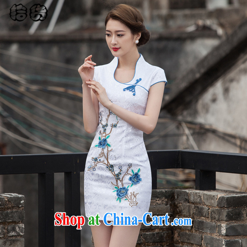 Pick up the 2015 summer, elegant beauty, retro-day Chinese improved cheongsam dress high-end embroidery style short, no fork cheongsam dress blue XL