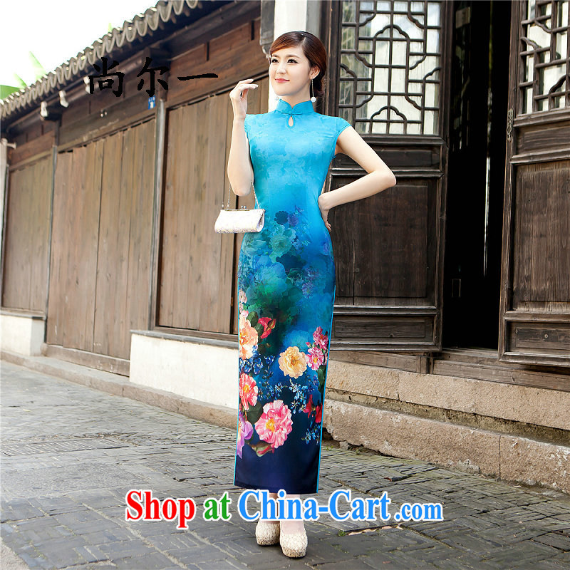 There is a summer beauty, Retro aristocratic Silk Cheongsam dress long concert cheongsam dress 5208 light blue L