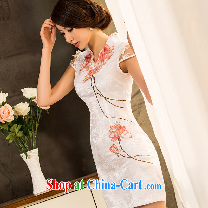 No point qp dresses 2015 New Spring, Summer fashion improved solid-colored Lotus ladies retro embroidery dresses white XXXL